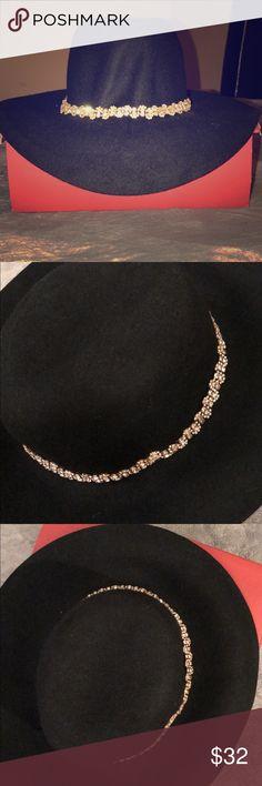 Aldo women floppy hat wool gold rhinestone 🌟 Aldo women black floppy wool hat with gold rhinestone never worn with tags🌟 Aldo Accessories Hats