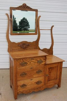 This is #1 on my wish list of things I want for my home. I have a beautiful pitcher and bowl left to me by my grandmother that needs a home here. Victorian Furniture, Unique Furniture, Wooden Furniture, Vintage Furniture, Furniture Decor, Repurposed Furniture, Antique Wash Stand, Victorian Homes, Victorian Era