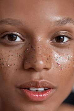 Glamorous yet subtle gold fleck freckles.