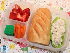 Bento for Kidlet: Meatless Monday lunch packed in #EasyLunchboxes
