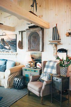 Maine house, beach cottage style, coastal style, coastal cottage, coastal d Beach Cottage Style, Cottage Style Homes, Beach Cottage Decor, Coastal Cottage, Coastal Living, Coastal Decor, Coastal Bedrooms, Cottage Rugs, Cottage Furniture