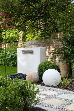 water blade feature Garden Design North London