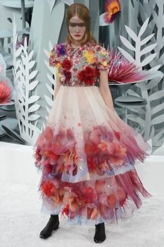 Vestito con applicazioni Chanel Couture