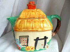 Art Deco Wade Heath Cottage Teapot 1934-1937 rare