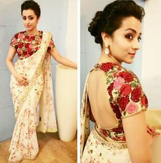 EID Bollywood Cultural traditional designer wedding Party wear saree and Blouse Stylish Blouse Design, Fancy Blouse Designs, Blouse Neck Designs, Blouse Patterns, Choli Designs, Kurta Designs, Floral Print Sarees, Printed Sarees, Printed Blouse