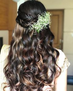 Check Out These Stunning Baby Breath Hairstyle Inspiration! Check Out These Stunning Baby Breath Hairstyle Inspiration! Open Hairstyles, Indian Hairstyles, Bride Hairstyles, Lehenga Hairstyles, Princess Hairstyles, Beautiful Hairstyles, Black Women Hairstyles, Long Hair Wedding Styles, Wedding Hairstyles For Long Hair