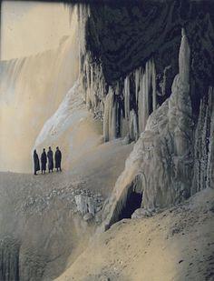 Niagara Falls in Winter 1890's An early photograph...