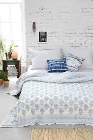 white brick wall, white brick wallpaper, white brick bedroom, white brick wall living room