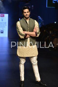 Double Whammy! Sidharth & Arjun at Lakme Fashion Week | PINKVILLA