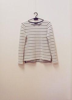 Kup mój przedmiot na #vintedpl http://www.vinted.pl/damska-odziez/swetry-z-dzianiny/18834610-wymiana-80-zl-sweterek-massimo-dutti-kremowy-w-paski-bawelna-34-xs