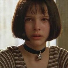 Natalie Portman at in her first movie 'Leon the Professional' . Her acting raises emotions in us. Natalie Portman Leon, Natalie Portman Mathilda, Natalie Portman Child, Leon The Professional Mathilda, The Professional Movie, Natalie Portman The Professional, Leon Matilda, Mathilda Lando, Nathalie Portman