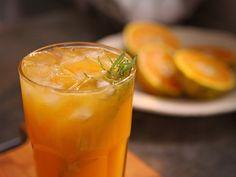 Utilisima | Vídeos | Trago de naranja, romero y vino