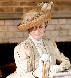 """Violet Crawley (""""Downton Abbey"""") = Maggie Smith"""