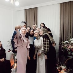 Best Friends Shoot, Best Friend Poses, Wedding Hijab Styles, Wedding Dresses, Bridesmaid Dresses, Cozy Aesthetic, Prom Dresses Long With Sleeves, Hijabi Girl, Cute Girl Pic