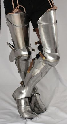 A Pair off ARMOUR PLATE LEGS.