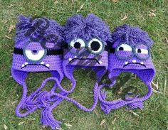 Broken link - Evil minion hats I don't know why, but I was really unimpressed with a lot of the crocheted evil minion hats I found online. Crochet Beanie Hat, Crochet Cap, Love Crochet, Crochet For Kids, Knitted Hats, Yarn Projects, Crochet Projects, Crochet Character Hats, Minion Hats