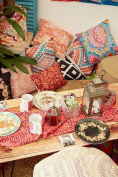 Vibrant Shutterfly pillows add comfort to any party or home decor. Get inspiration from #ShutterflyByDesign for tips on this bohemian theme.