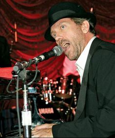 Hugh Laurie, seen here in his lesser known guise of musician. From FatherGorgonzola.