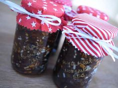 If you've never made homemade mincemeat, can I tempt you to dip your toe (so to speak) this year? There are heaps of reasons to embrace your mincemeat making mojo. Here are just 5: 1. It's super ea...