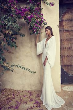Israeli designers are known to be the best when it comes to wedding dresses. In this post we decided to share with you Liz Martinez 2014 Evening Wear & Bridal Collection. 2015 Wedding Dresses, Bridal Dresses, Wedding Gowns, Minimal Wedding Dress, Minimal Dress, Dresses 2014, Wedding Ceremonies, Long Dresses, Prom Dresses