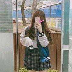 "Looks coreanos - Saia rodada 1 Read Saia rodada 1 from the story Looks coreanos . - HairstyleLooks coreanos - Saia rodada 1 Read Saia rodada 1 from the story Looks coreanos by (Nathalia) with reads. looks.""},""story_pin_data_id"": Korean Girl Fashion, Ulzzang Fashion, Asian Fashion, Ulzzang Korean Girl, Cute Korean Girl, Asian Girl, Uzzlang Girl, Girl Outfits, Cute Outfits"