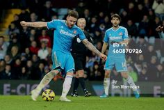 BIRMINGHAM, UNITED KINGDOM - DECEMBER 28: Connor Wickham of Sunderland shoots on the Villa goal during the Barclays Premier League match between Aston Villa and Sunderland at Villa Park on December 28, 2014 in Birmingham, England. (Photo by Ian Horrocks/Sunderland AFC via Getty Images)