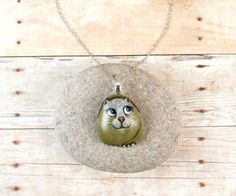 Cat Necklace. FREE shipping in USA  Painted Rock. by qvistdesign
