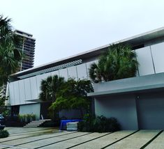 #Modern #Modernism #Minimalist #CoolBuilding #Facade #Structure #561BUILD #ForensicEngineer #PalmBeach #FtLauderdale #Miami #ModernArchitecture Modernism, Palm Beach, Modern Architecture, Facade, Miami, Minimalist, Homes, Cool Stuff, Building