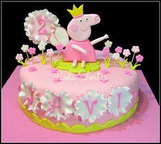 Lola Tortas: Torta Peppa Princesa y flores
