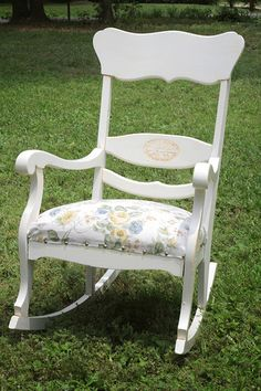 Rocking chair - very cute :)