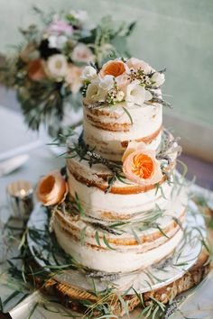 Semi-naked wedding cake | Blue Rose Photography