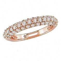 I love rose gold rings.