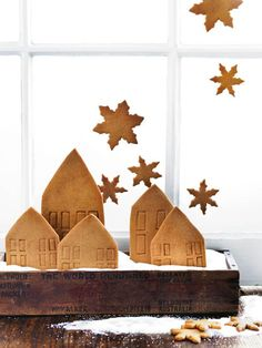 Turn your house into a gingerbread wonderland this Christmas with oh-so sweet edible decorations.