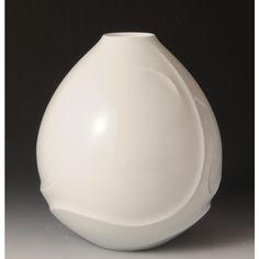 HAKUJI RYUSENMON TSUBO (White Porcelain Jar with the Streamline design)