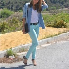 Zara super skinny pants In great condition. Zara aqua super skinny jean/pant Zara Pants Skinny