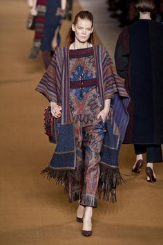 A model presents a creation by indonesian designer ghea s pangabean fashion tendenze moda blanket dressing httptheglampepper20141226fashion tendenze moda blanket dressing stopboris Image collections