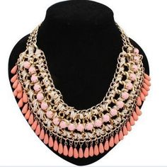 Get the latest #jewelry that has chain type of link chain and has metal type of zinc alloy. It has the pattern of geometric and it can be used for various event. #necklace #chokernecklace #fashion #choker #jewelry