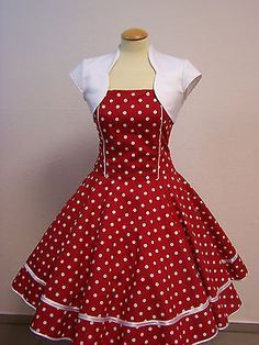 Petticoat dresses with sleeves - Fashion Outfits Girls Dresses Sewing, Frocks For Girls, Dresses Kids Girl, Baby Frocks Designs, Kids Frocks Design, African Dresses For Kids, Latest African Fashion Dresses, Vestidos Vintage, Vintage Dresses 50s