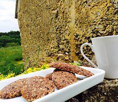 Supercookies crus tout cacaotés...ah tiens ça rime avec été, ah et aussi avec thé ;) la recette ici http://ow.ly/xViMM