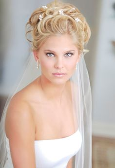 46 trendy wedding hairstyles updo with veil awesome Short Wedding Hair, Wedding Hairstyles For Long Hair, Wedding Hair And Makeup, Bride Hairstyles, Down Hairstyles, Bridal Hair, Trendy Wedding, Wedding Updo, Perfect Wedding