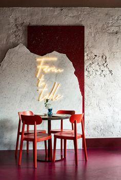 hotel lounge Commons Restaurant by Yuloo Studio Interior Design Vignette, Interior Design Inspiration, Cafe Design, Store Design, Coffee Shop Business, Cafe Interior, Wine Shop Interior, Retail Interior Design, Interior Doors