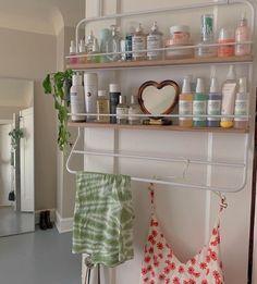 Best Indoor Garden Ideas for 2020 - Modern My New Room, My Room, Ikea Raskog, Aesthetic Room Decor, Dream Apartment, Dream Rooms, House Rooms, Bedroom Decor, Bedroom Beach
