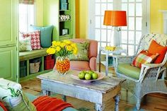 20 Creative Home Decor Color Schemes Inspired By The Color Wheel - really nice color schemes and wonderful decor ideas!!! Take a few moments to check these out.