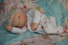 FREE PATTERN FOR BABY DOLL - This is the tutorial we used to make Sarah's most recent doll. It was great and easy to follow!