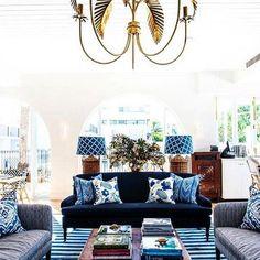 2-sofá-estampado-azul-y-blanco-hotel-halcyon