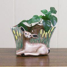 Wall Pocket Vase / Planter Ceramic Fawn by VintageShelfAndWall Bedroom Vintage, Vintage Walls, Oh Deer, Vintage Planters, Home Decor Shops, Vintage Ornaments, Wall Pockets, Container Plants, Flower Wall