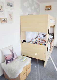 kids room inspiration / pilow / wall painting / ikea hack - návod na výmalbu dětského pokoje na blogu http://tamarki.cz/spani-jako-v-oblacich/