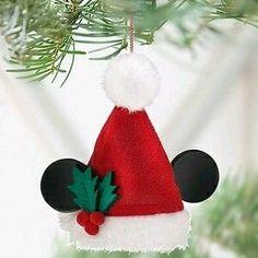 Disney 2011 santa mickey mouse ear hat ornament new Disney Christmas Crafts, Mickey Mouse Christmas Tree, Mickey Mouse Ornaments, Mickey Mouse Crafts, Disney Christmas Decorations, Christmas Ornaments To Make, Disney Crafts, Xmas Crafts, Felt Christmas