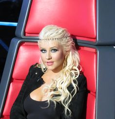 Christina Aguilera. Necklace (worn as headpiece) made by Martin Bernstein. The Voice S2 Results Show (May 1, 2012)