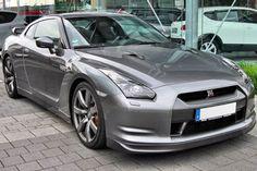 introducing Nissan GT-R (2009) still a quality car!